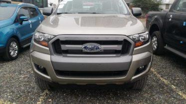 ford ranger xls at 2017 1 copy 373x210 Chiếc xe bán tải Ford Ranger 2018 - ma lực cuốn hút mãnh liệt