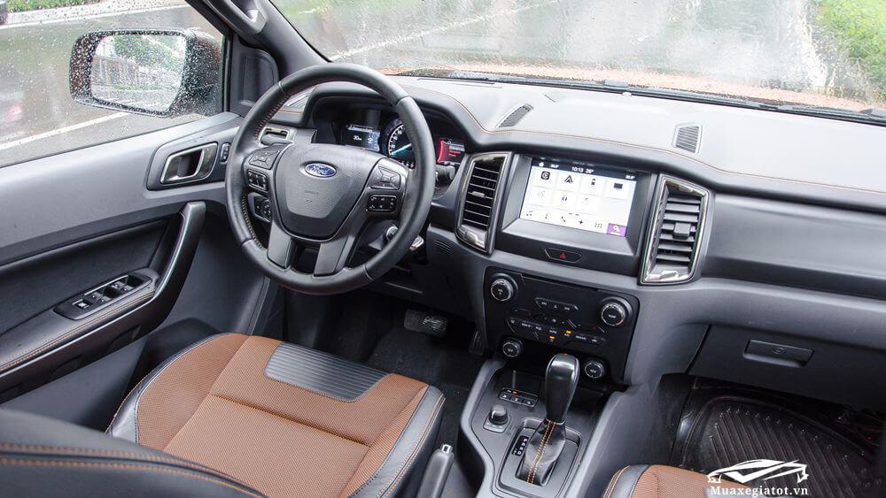 Ford Ranger 2018 Wildtrak trang bị đầu DVD có tích hợp hệ thống giải trí SYNC 3
