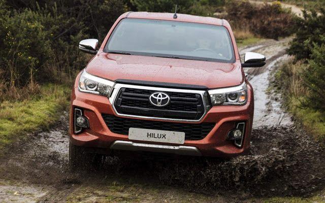 dau xe Toyota Hilux 2019