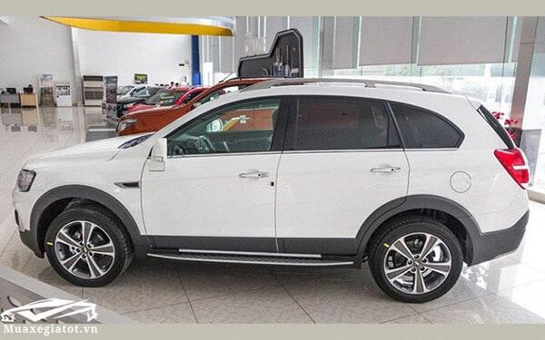 Chevrolet-Captiva-Revv-2017-2018-hong-xe-muaxegiatot-vn-768x480
