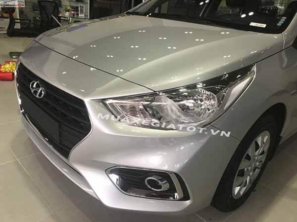 den truoc hyundai accent 2018 14 mt base muaxegiatot vn So sánh Hyundai Accent MT và Vios E MT 2021 mới