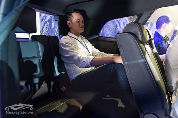 hang ghe thu ba ford everest 2018 2019 titanium 20 at 1cau muaxegiatot vn Top 5 mẫu xe 7 chỗ dành cho gia đình nên mua 2021