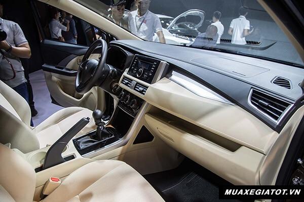 hang ghe truoc mitsubishi xpander 2018 2019 muaxegiatot vn 10 So sánh xe 7 chỗ Toyota Rush với Mitsubishi Xpander 2021