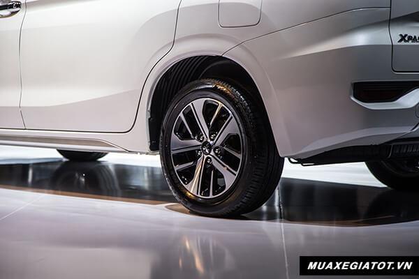 mam xe mitsubishi xpander 2018 2019 muaxegiatot vn 5 So sánh xe 7 chỗ Toyota Innova và Xpander AT 2021