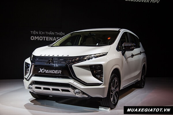 mau-trang-mitsubishi-xpander-2018-2019-muaxegiatot-vn-2