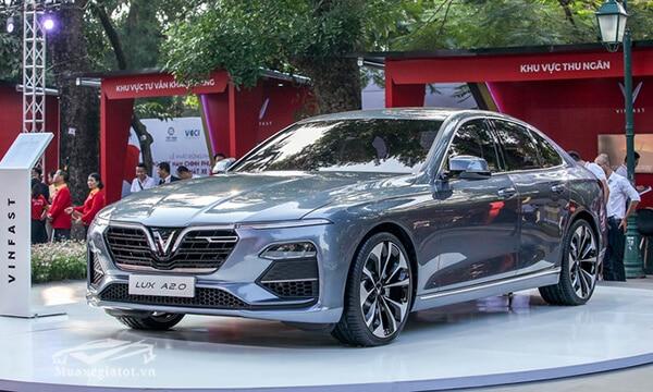 gia-xe-vinFast-lux-a20-2019-sedan-muaxegiatot-vn-1