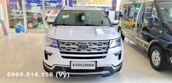 dau xe ford explorer 2019 muaxenhanh vn 1 So sánh Toyota Prado 2021 và Ford Explorer 2021