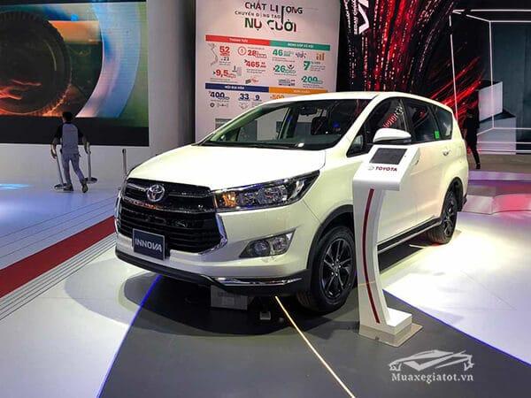 danh-gia-xe-toyota-innova-2019-v-muaxegiatot-vn-17