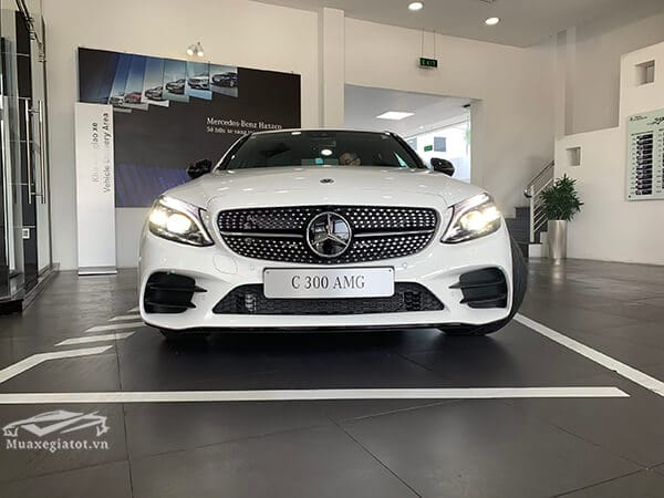 dau-xe-mercedes-c300-amg-2019-muaxegiatot-vn-6