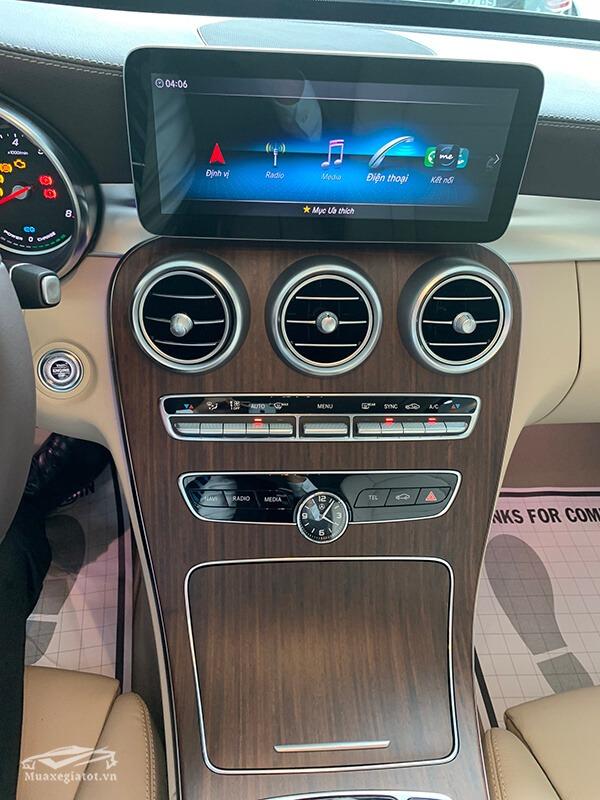 dieu khien trung tam xe mercedes c200 exclusive 2019 muaxegiatot vn 20 Đánh giá xe Mercedes C200 Exclusive 2021 kèm giá bán khuyến mãi #1