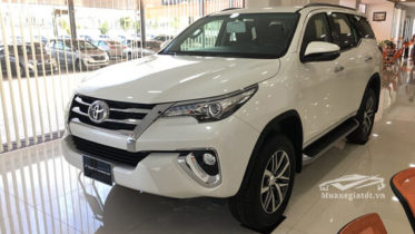 gia-xe-fortuner-28v-at-may-dau-so-tu-dong-muaxegiatot-vn-3
