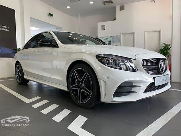 gia-xe-mercedes-c300-amg-2019-muaxegiatot-vn-2
