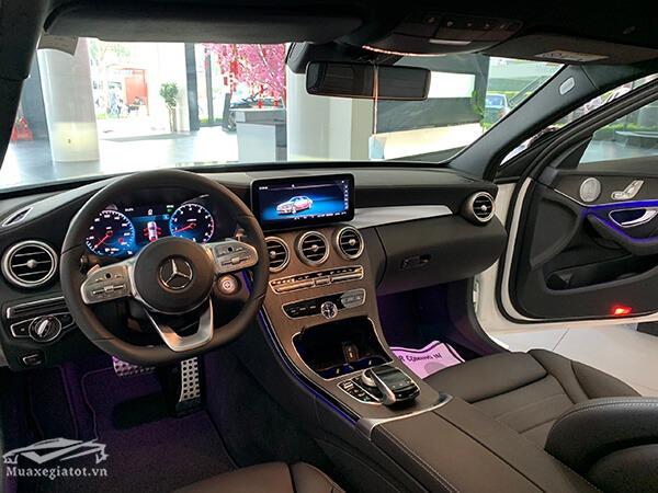 noi-that-xe-mercedes-c300-amg-2019-muaxegiatot-vn-12