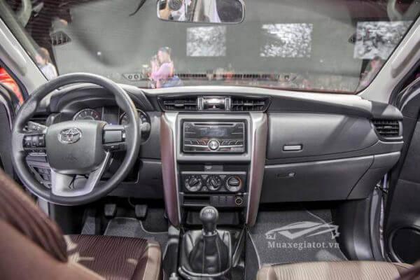 noi that xe toyota fortuner 2019 may dau so san muaxegiatot vn 7 So sánh Toyota Fortuner máy dầu số sàn và số tự động (1 cầu)