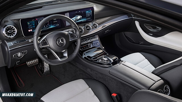 tien nghi noi that mercedes e350 amg 2019 2020 truecar vn Đánh giá xe Mercedes E350 2021 kèm giá bán!