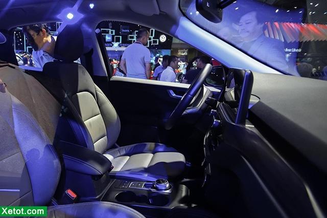 ghe-xe-ford-escape-2020-ra-mat-vms-2019-TrueCar-vn
