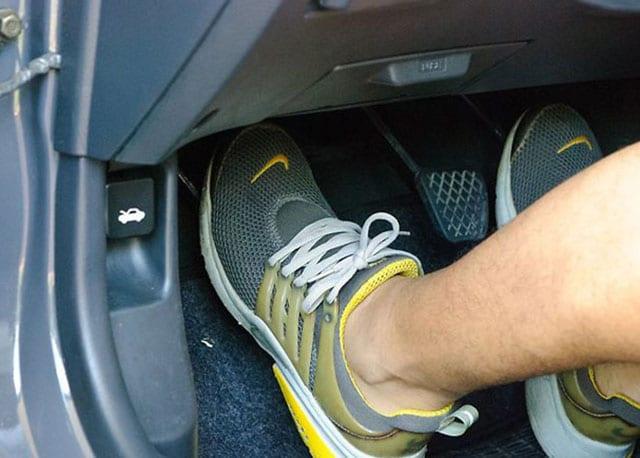 luu y khi su dung oto 3 7 Sai lầm thường gặp của các tài xế khi sử dụng xe ô tô