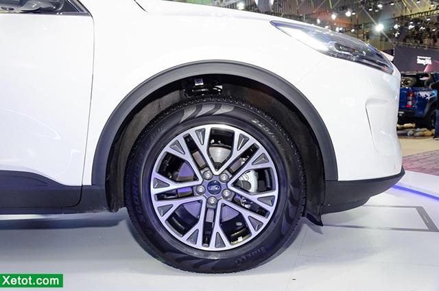 mam-xe-ford-escape-2020-ra-mat-vms-2019-TrueCar-vn