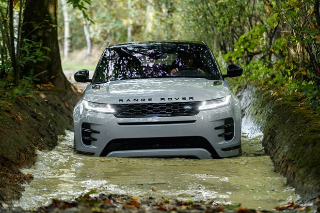 offroad-range-rover-evoque-2020-muaxegiatot-vn-1