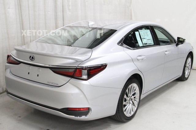duoi xe sedan lexus es300h 2020 muaxegiatot vn Đánh giá xe Lexus ES300h 2021 kèm giá bán #1