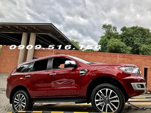 hong xe ford everest 2020 truecar vn 11 Đánh giá Ford Everest 2021, SUV đầy ắp công nghệ & off-road đỉnh cao
