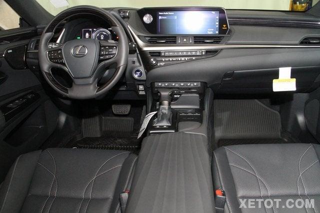 khoang xe sedan lexus es300h 2020 muaxegiatot vn Đánh giá xe Lexus ES300h 2021 kèm giá bán #1