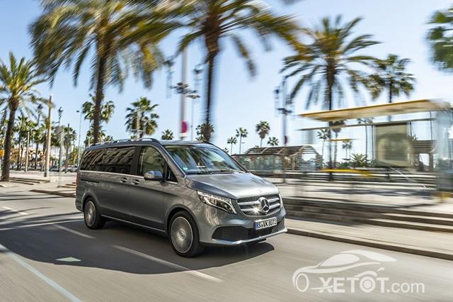 van hanh mercedes benz v class 2020 muaxegiatot vn Đánh giá xe Mercedes V-Class 2021 kèm giá bán #1