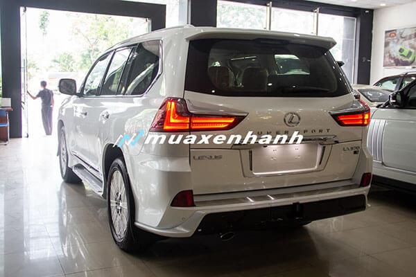 "duoi xe lexus lx570 super sport 2020 muaxegiatot vn 4 Đánh giá ""chuyên cơ mặt đất"" Lexus LX570 2021"