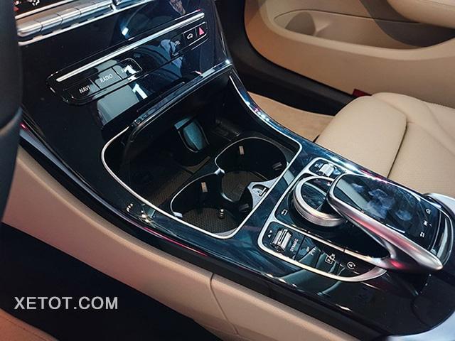 dieu khien trung tam mercedes c180 2020 xetot com Đánh giá xe Mercedes C180 2021, Có đáng để mong đợi?