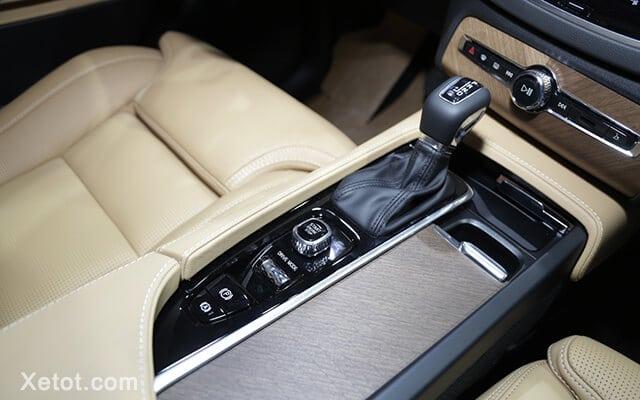 dieu khien trung tam volvo xc90 2020 facelift xetot com Đánh giá xe Volvo XC90 2021: Đơn giản, tinh tế và sang trọng