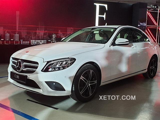 mua xe mercedes c180 2020 xetot com Đánh giá xe Mercedes C180 2021, Có đáng để mong đợi?