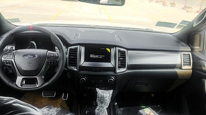 noi-that-xe-ford-ranger-raptor-2020-muaxegiatot-vn