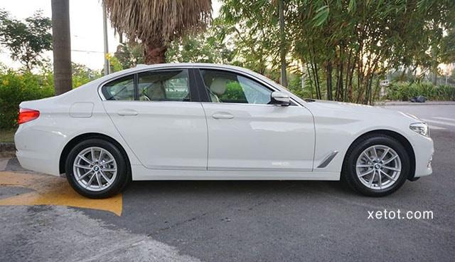"""hong xe bmw 520i 2020 muaxegiatot vn Đánh giá xe BMW 520i 2021, """"Tuyệt tác thiết kế"""""""
