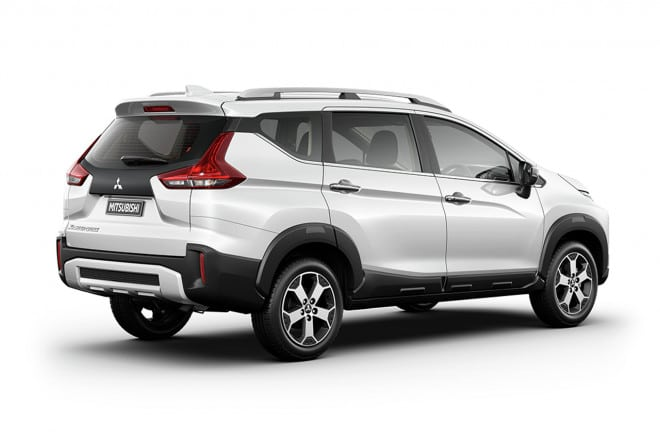 6 mitsubishi xpander cross 2020 muaxegiatot vn Chi tiết xe Mitsubishi Xpander Cross 2021, thách thức Toyota Rush