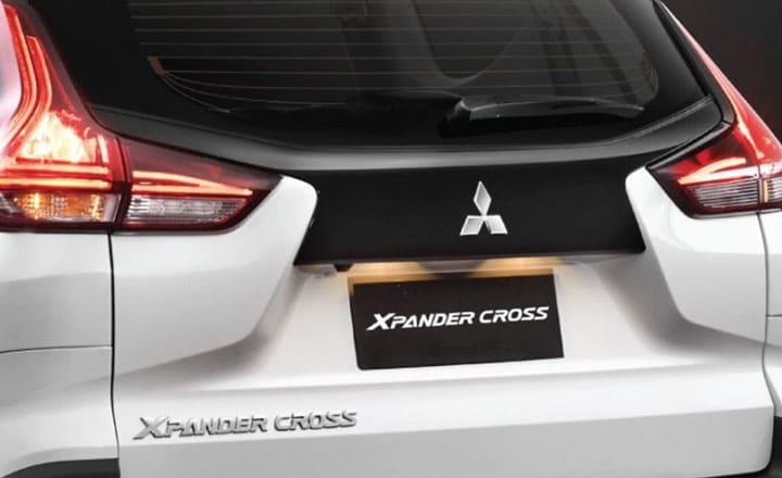 7 mitsubishi xpander cross 2020 muaxegiatot vn Chi tiết xe Mitsubishi Xpander Cross 2021, thách thức Toyota Rush