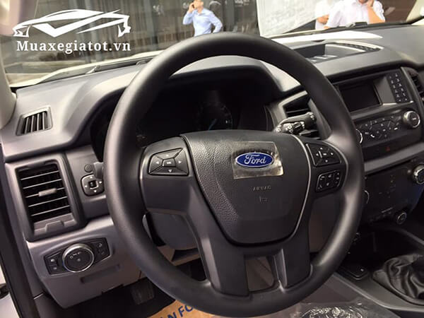 ford-everest-2021-so-san-ambiente-muaxegiatot-vn-4