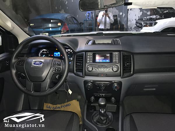 ford-everest-2021-so-san-ambiente-muaxegiatot-vn-6