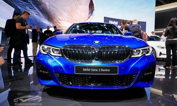 gia-xe-bmw-3-series-2020-2021-truecar-vn-3