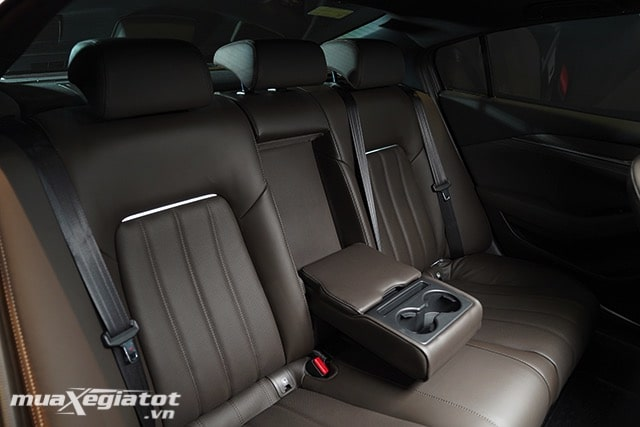 """hang ghe thu 2 mazda 6 2020 2021 sedan muaxegiatot vn 29 Đánh giá xe Mazda 6 2021 - Đe dọa """"ngôi vương"""" của Toyota Camry"""