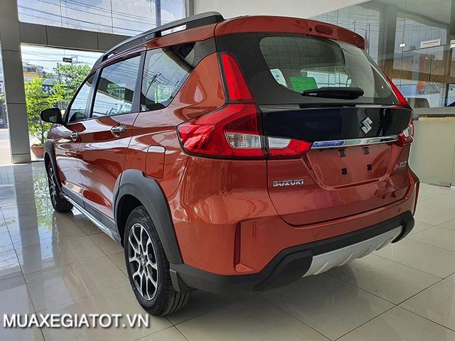 duoi xe suzuki xl7 2020 2021 muaxegiatot vn 4 Nên mua xe 7 chỗ Suzuki Ertiga hay 7 chỗ Suzuki XL7?