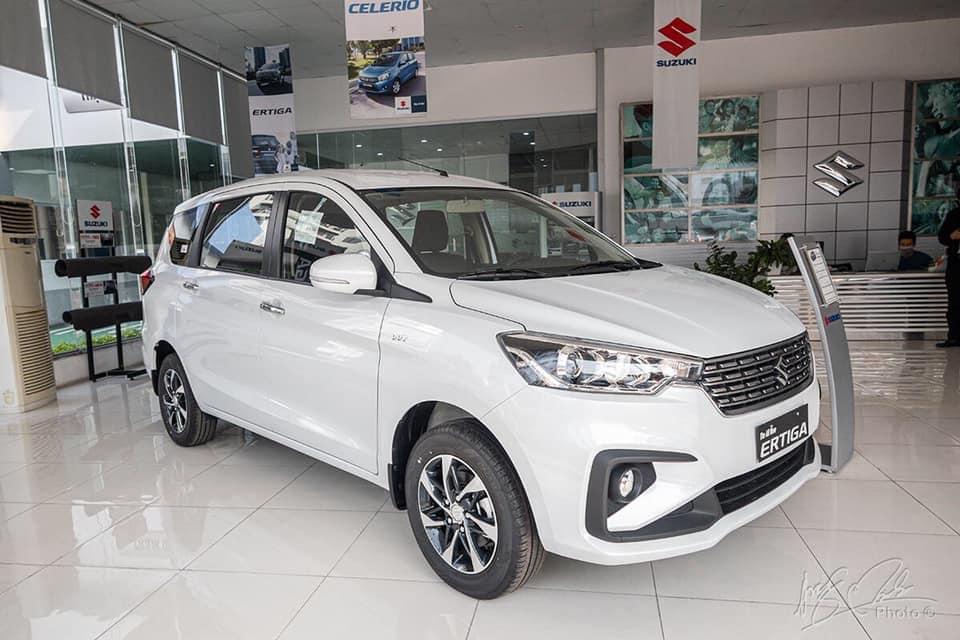 gia xe suzuki ertiga sport 2020 2021 muaxegiatot vn Nên mua xe 7 chỗ Suzuki Ertiga hay 7 chỗ Suzuki XL7?