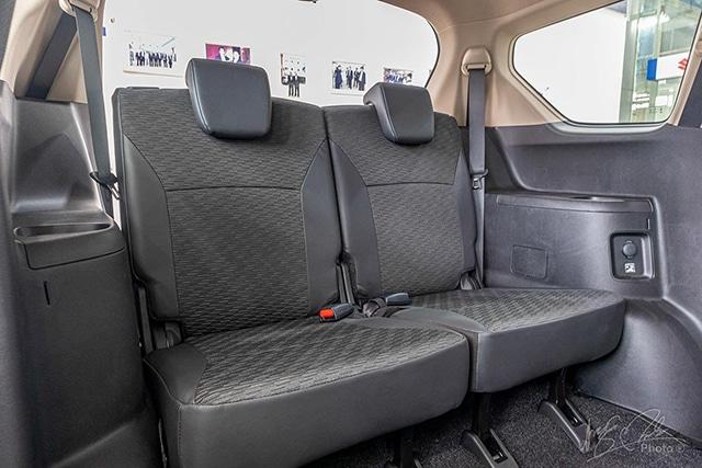 hang ghe thu 3 suzuki xl7 2020 2021 muaxegiatot vn Nên mua xe 7 chỗ Suzuki Ertiga hay 7 chỗ Suzuki XL7?