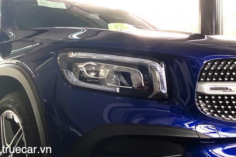 den pha mercedes glb 200 2021 amg truecar vn Đánh giá xe Mercedes GLB 200 AMG 2021, Xe 7 chỗ hạng sang giá dưới 2 tỷ