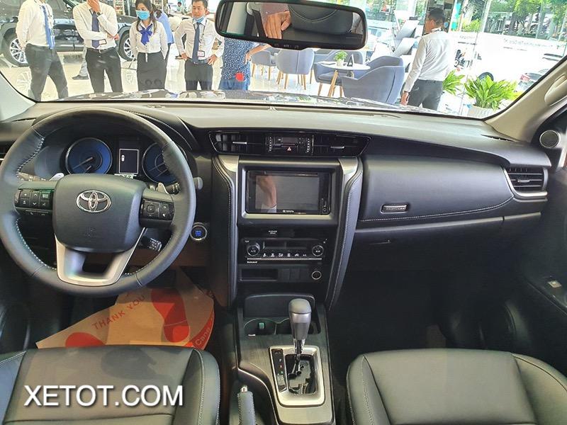 noi that xe toyota fortuner 2021 toyota tan cang truecar vn 10 1 Đánh giá xe Toyota Fortuner 2021 - Sứ mệnh chinh phục ngôi vương SUV 7 chỗ