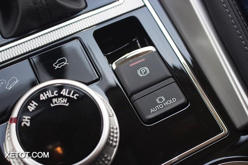 phanh tay tu dong xe mitsubishi pajero sport 2020 2021 xetot com blog Đánh giá xe Mitsubishi Pajero Sport 2021 giá từ 1,11 tỷ đồng