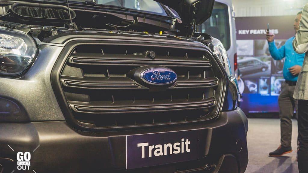 mat galang Ford Transit 2021 ra mat philiphine xetot com Đánh giá xe Ford Transit 2021 bản mới sắp ra mắt có gì nổi bật?