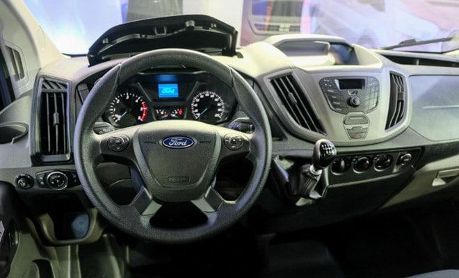 noi that Ford Transit 2021 ra mat philiphine xetot com Đánh giá xe Ford Transit 2021 bản mới sắp ra mắt có gì nổi bật?