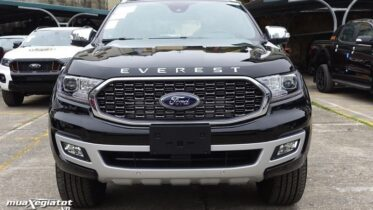 dau ford everest 2021 titanium 4wd at bi turbo muaxegiatot vn 373x210 Giới thiệu các phiên bản Ford Everest Titanium 2021 bán tại Việt Nam