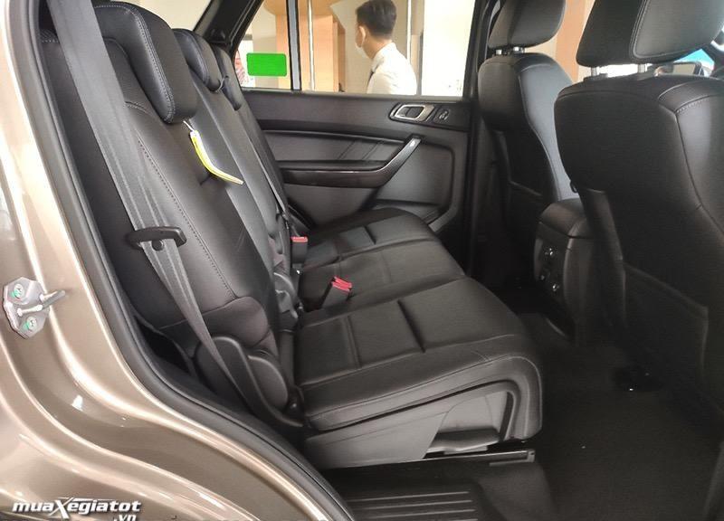hang ghe thu 2 ford everest 2021 titanium 4wd at bi turbo muaxegiatot vn e1612577892408 Giới thiệu các phiên bản Ford Everest Titanium 2021 bán tại Việt Nam