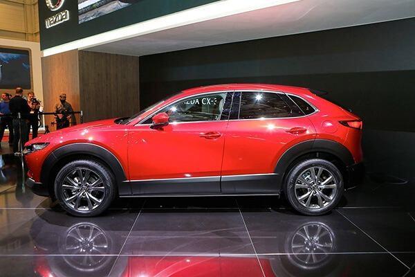 hong xe mazda cx 30 2021 truecar vn Đánh giá xe Mazda CX30 2021, SUV cỡ B dành cho đô thị